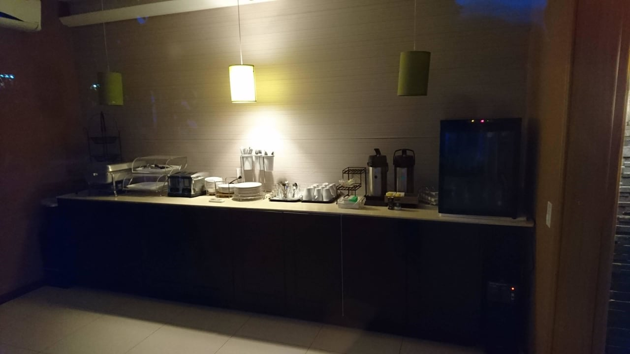 Frühstücksbereich Travelodge Quints Curacao