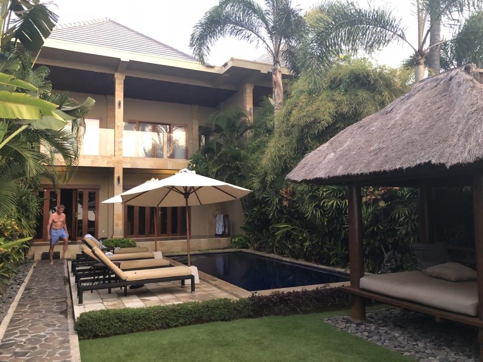 Zimmer Villas at The Lovina Bali Resort