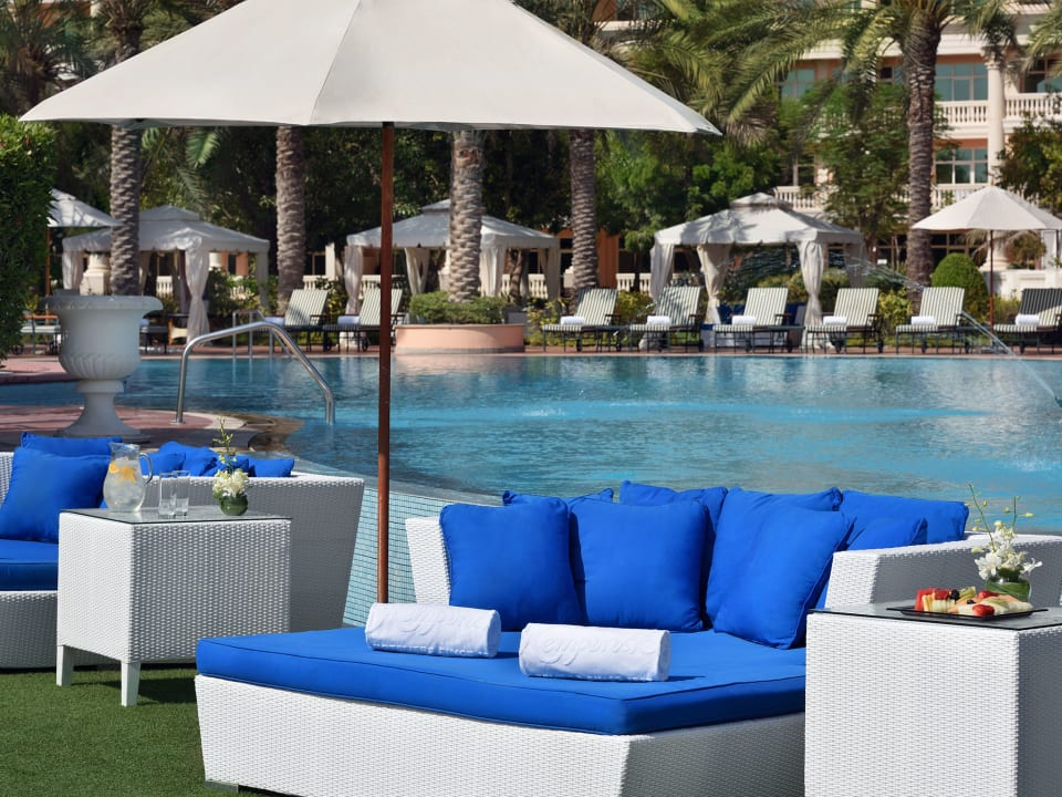 Pool Kempinski Hotel & Residences Palm Jumeirah