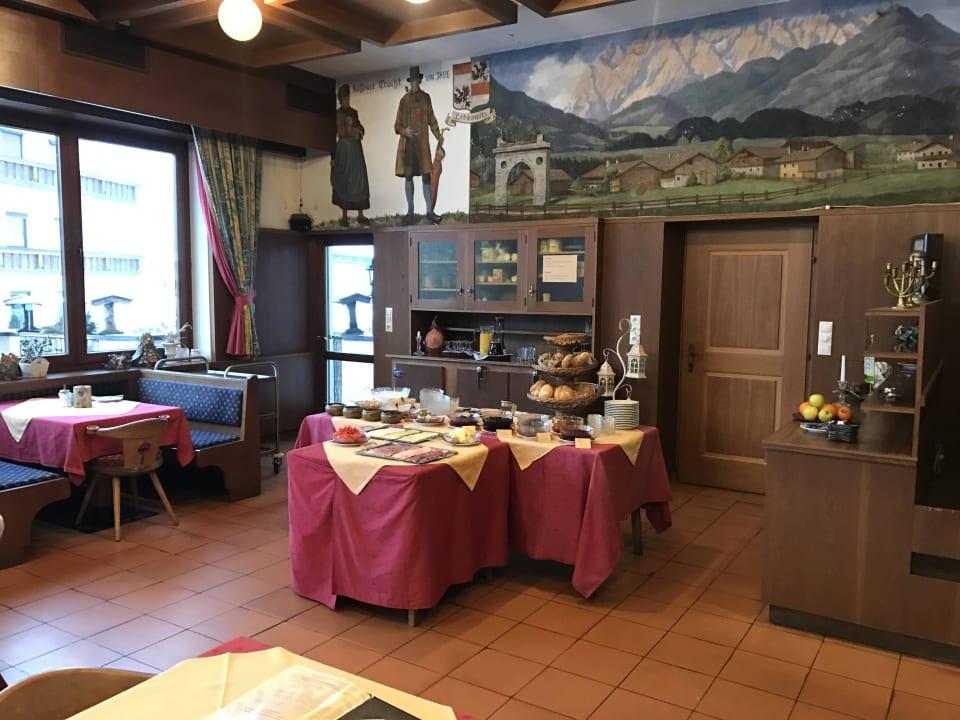 Frühstücksraum mit super Ausblick Frühstückspension Hüttwirt