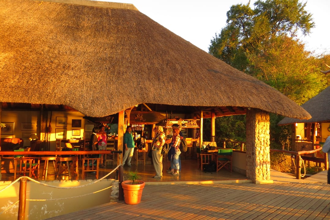 Blick zum Haupthaus / Restaurant Nunda River Lodge