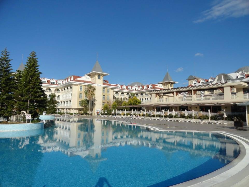 Poolseite Side Star Resort