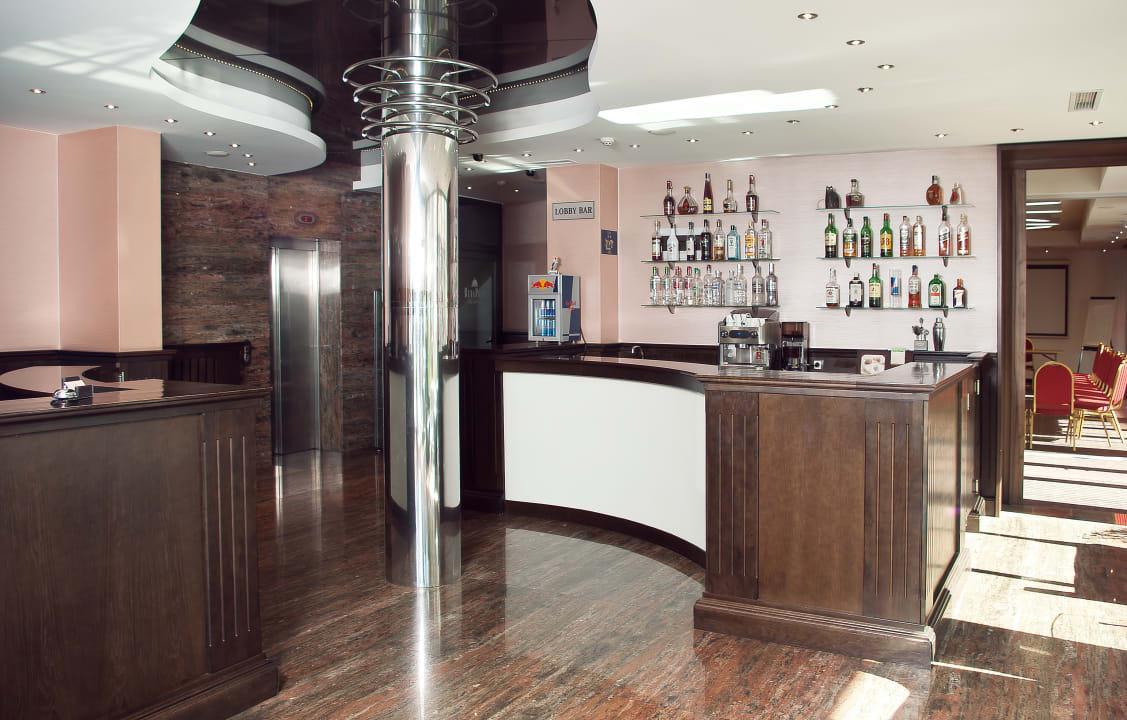 Lobby Budapest Hotel