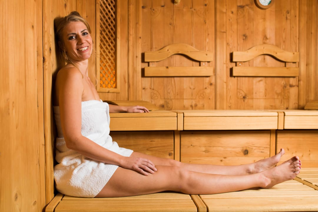 Entspannung in der Finnischen Sauna Aktiv Panoramahotel Daniel