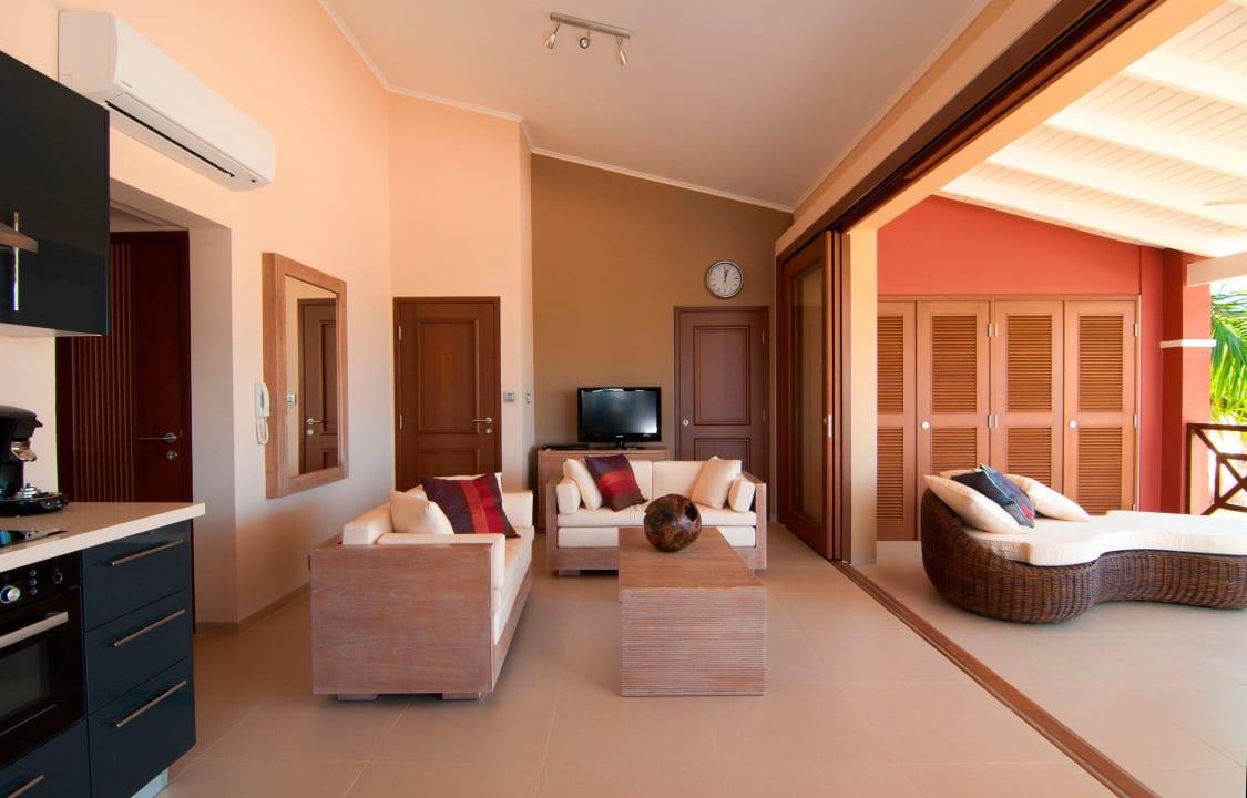 Living area La Maya Beach Curacao Resort
