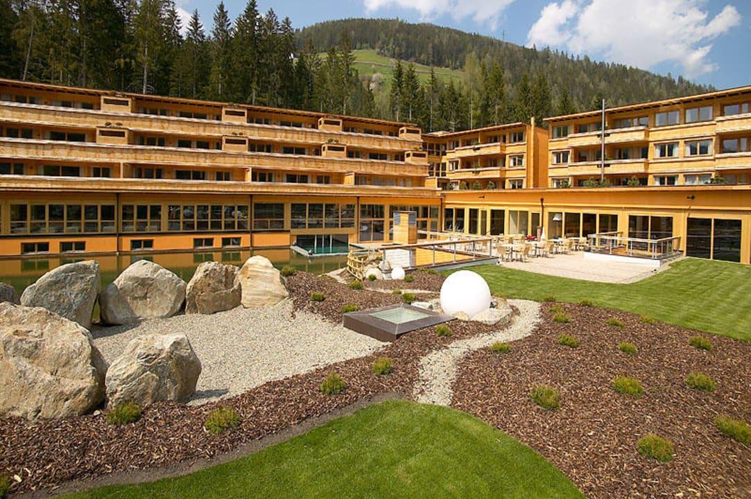 Aussenansicht Arosea Life Balance Hotel