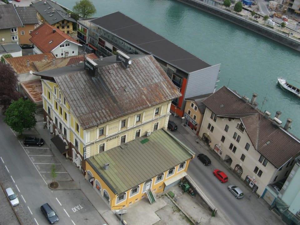 Hotel mit Inn (Fluß) von oben Hotel Gisela