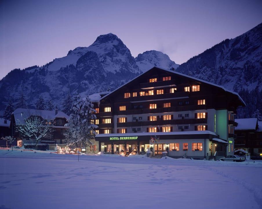 Aussenansicht Bernerhof Swiss Quality Hotel