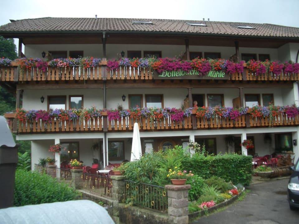Eingangsbereich Hotel Döttelbacher Mühle