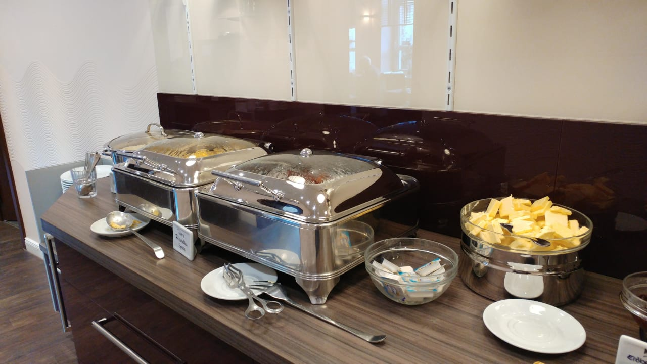 Frühstück Hotel Adena