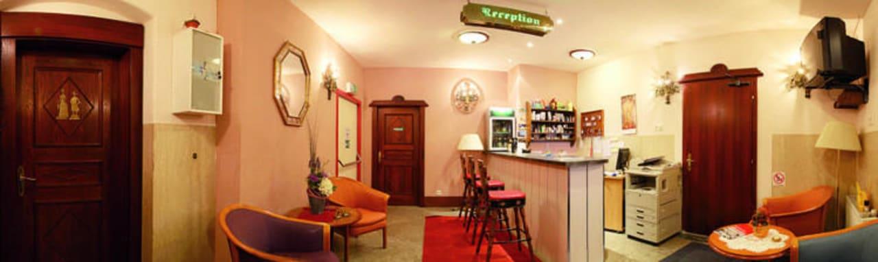 Rezeption Hotel Gisela