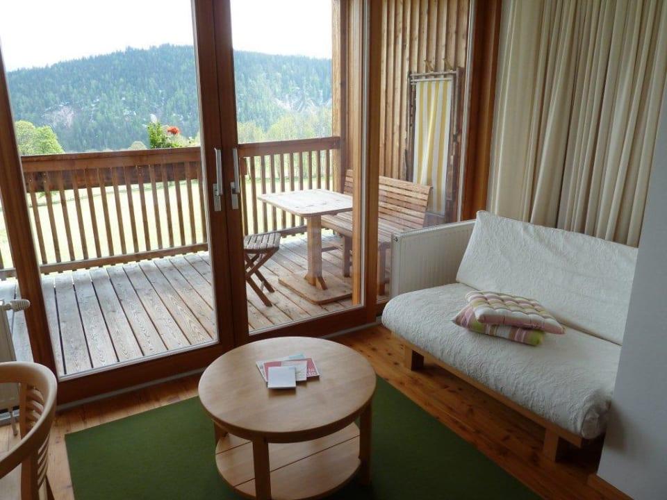 Sitzecke vor Balkon Hotel Ramsauhof