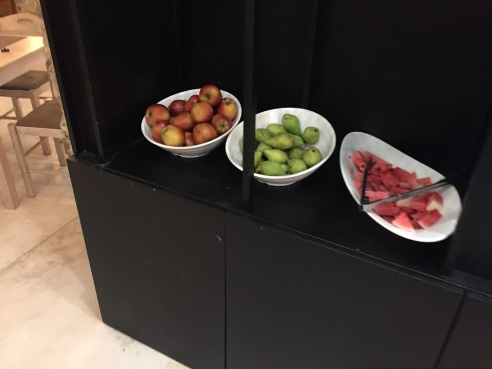Gastro Gloria Maris Hotel Suites and Villa