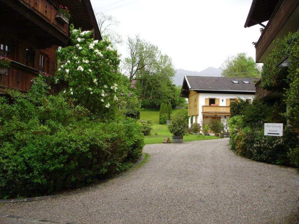 Zugang zur Anlage Der Lederer Hof - Boutique Hotel & Apartments