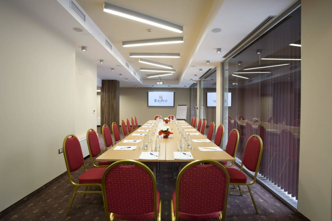 Pannonia Meeting Hall - hosting up to 50 delegates Budapest Hotel