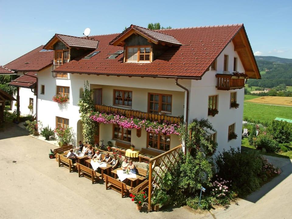 Haupthaus Ederhof Ferienwohnungen Ederhof