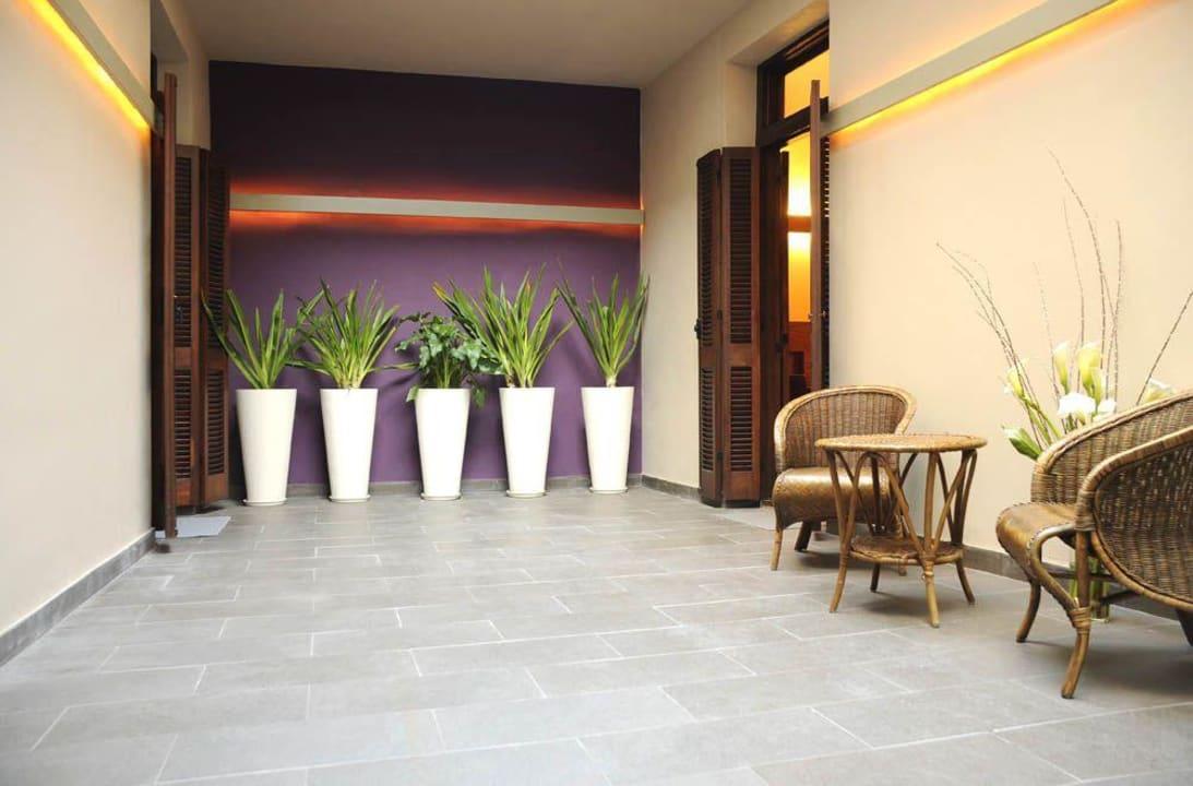 Jardín Hotel Babel