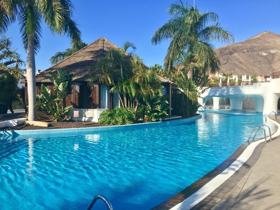 Hotel Jandia Princess. Jandia. Fuerteventura   Swimming