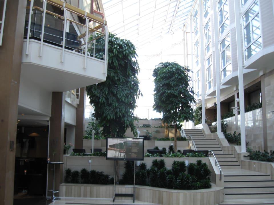 Lobby-Bereich Radisson Blu Royal Garden Hotel