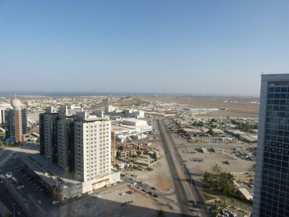 Richtung Flughafen City Tower Hotel