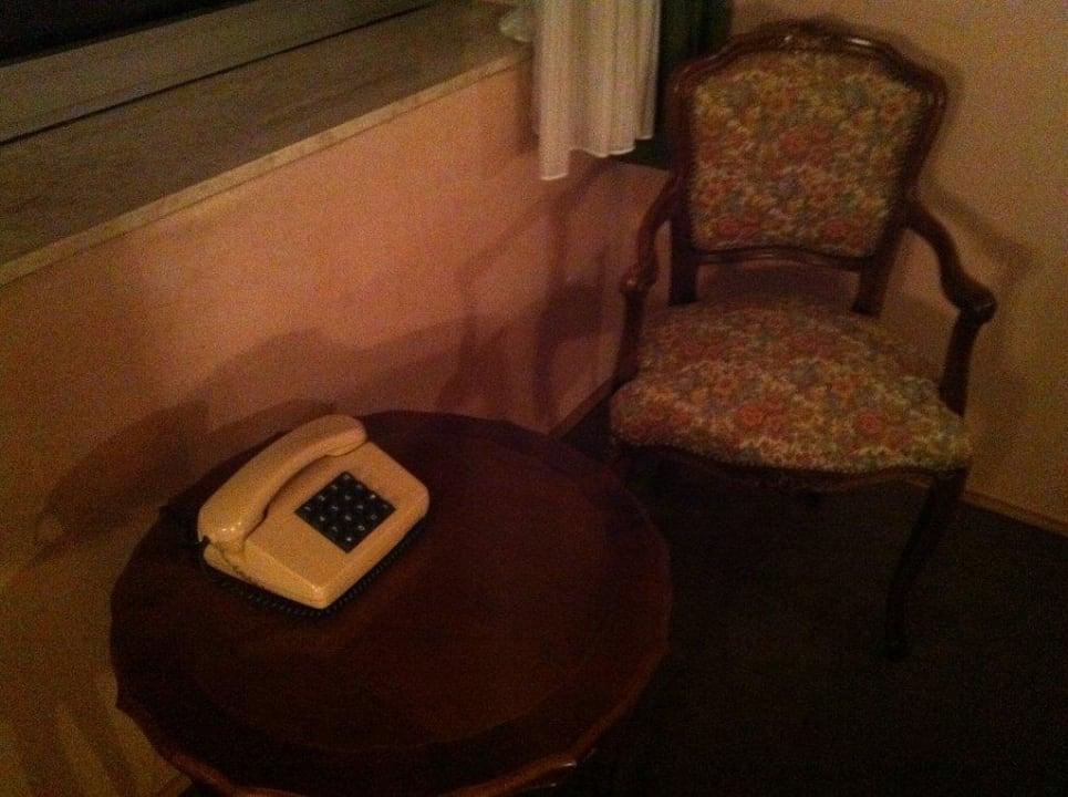 Sitzecke mit Telefon Hotel Sej Sandzak