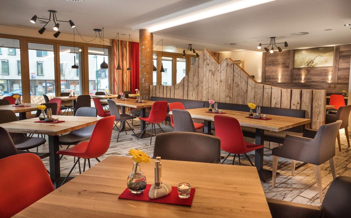 Restaurant AlpenParks Hotel & Apartment Central