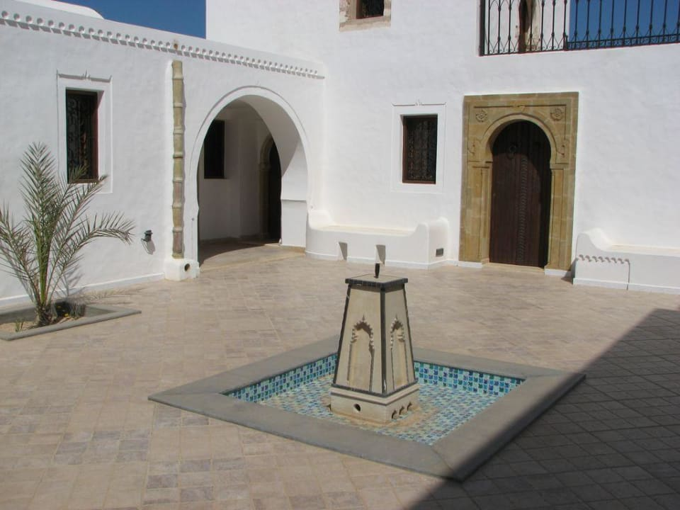 Innenhof Maison Leila
