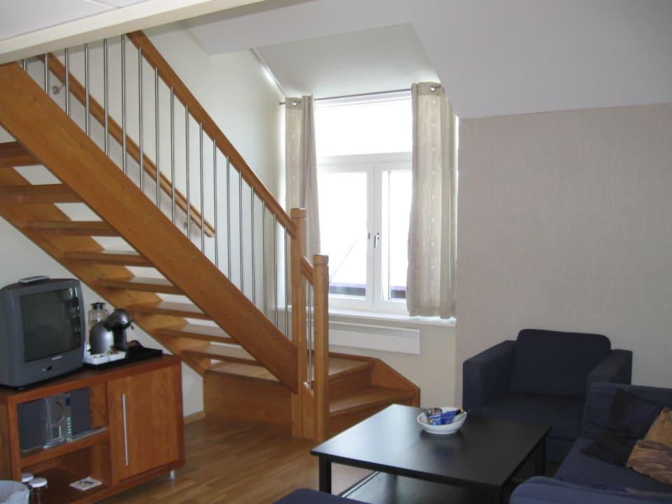 Treppe die zum Schlafbereich führt Radisson Blu Royal Garden Hotel