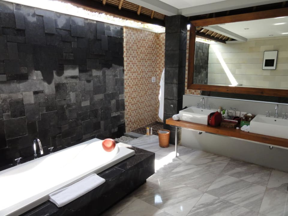 Grosses Offenes Badezimmer Hotel Abi Bali Resort And Villa Jimbaran Holidaycheck Bali Indonesien