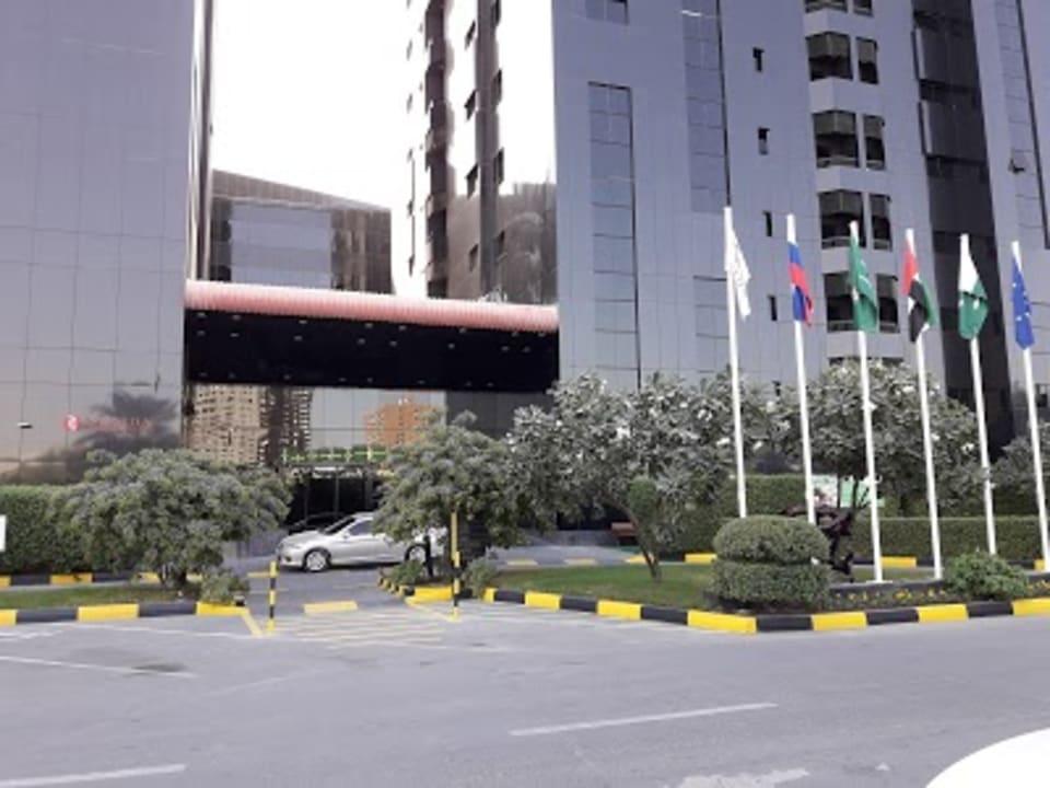 Außenansicht Ramada Hotel & Suites by Wyndham Ajman