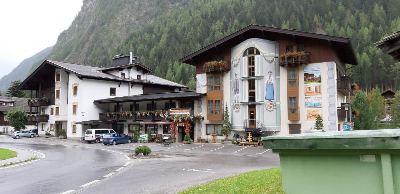 Außenansicht Hotel Kärntnerhof