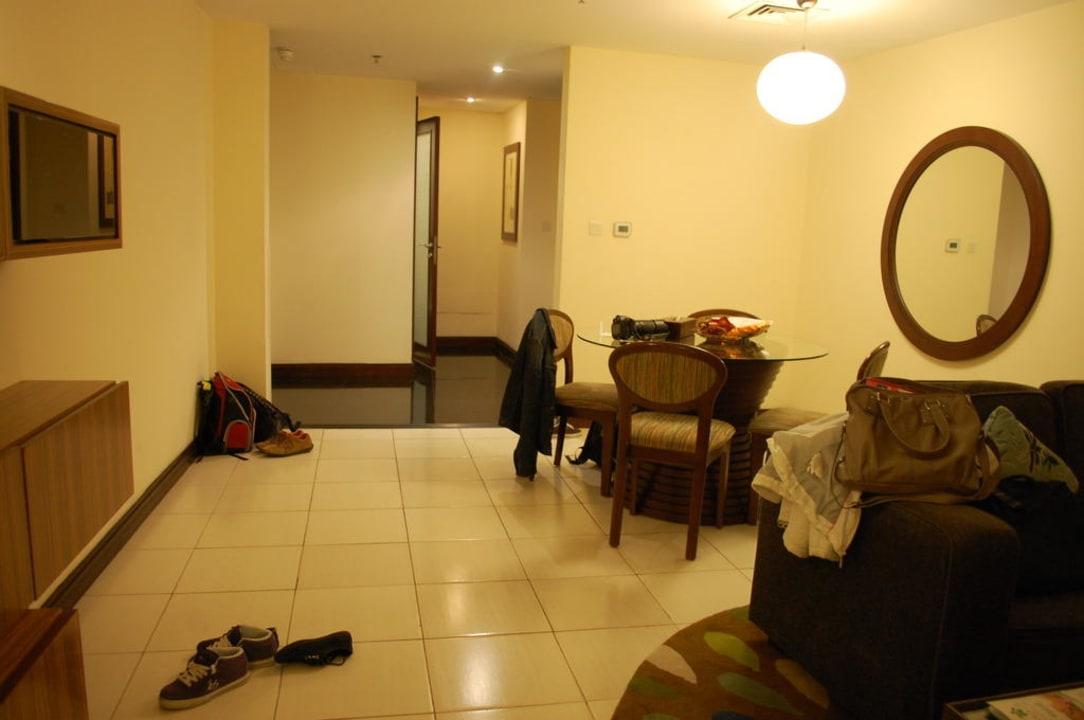 Teil des großen Wohnzimmers Flora Park Deluxe Hotel Apartments