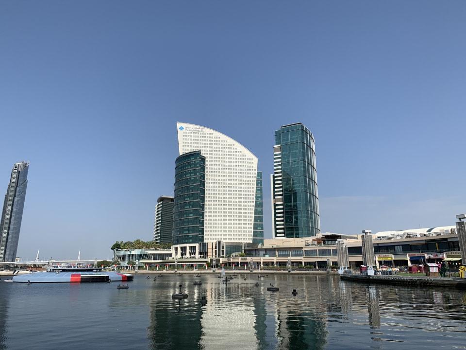 Außenansicht Hotel Crowne Plaza Dubai Festival City