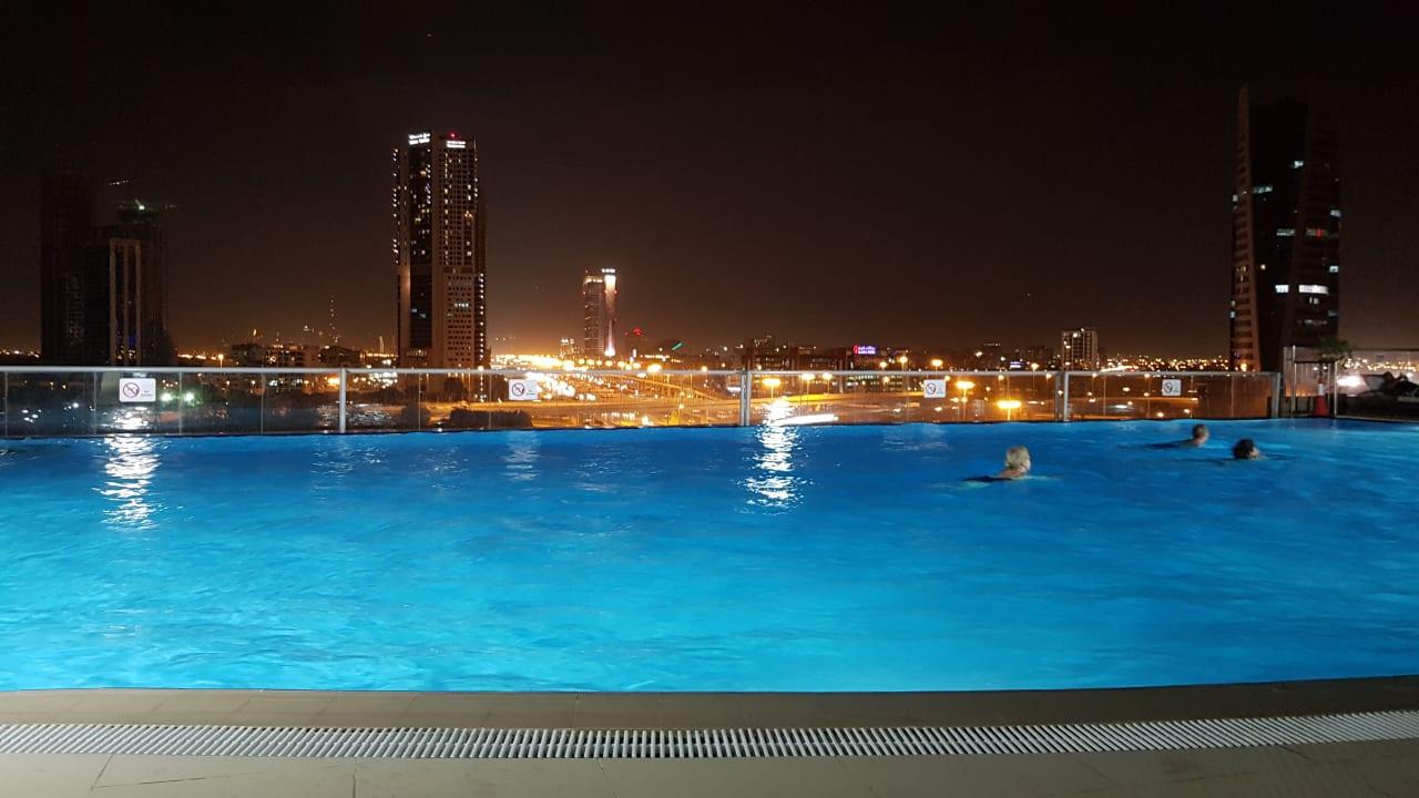 Pool Two Seasons Hotel & Apartments