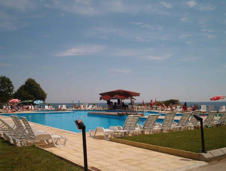 Pool-Anlage Hotel Russalka
