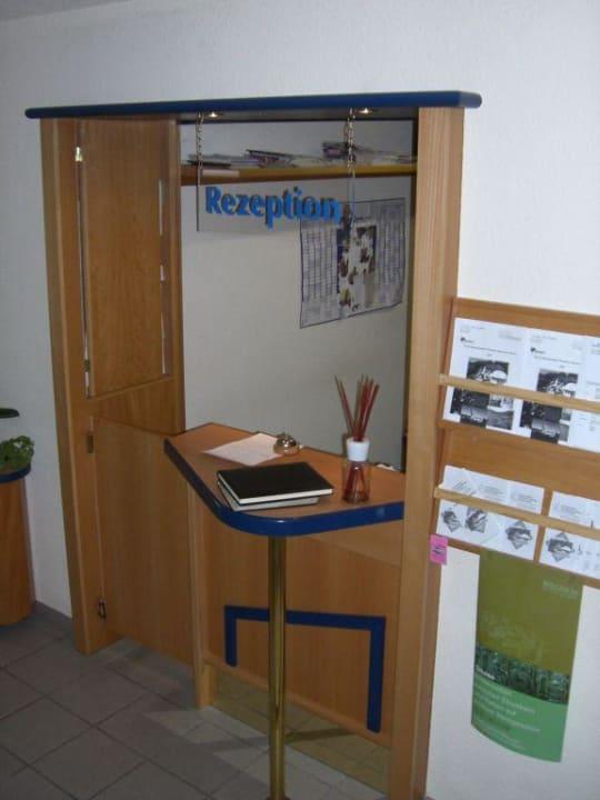 Rezeption des Hotels Hotel & Restaurant 2tHEIMAT