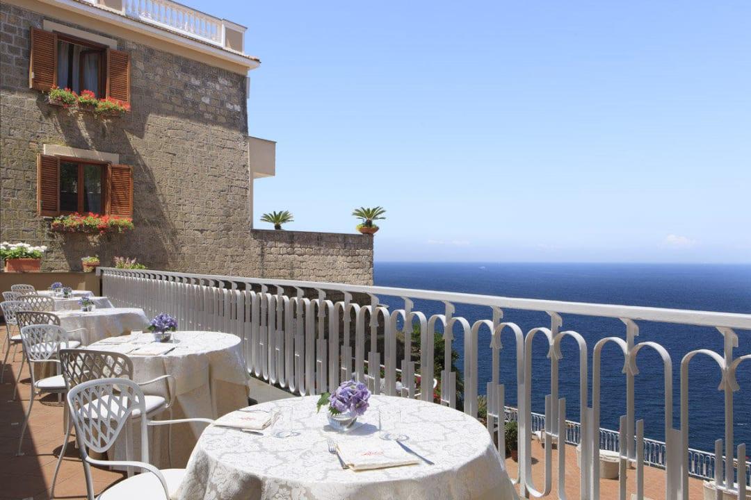 Terrace restaurant. Hotel Corallo Sorrento