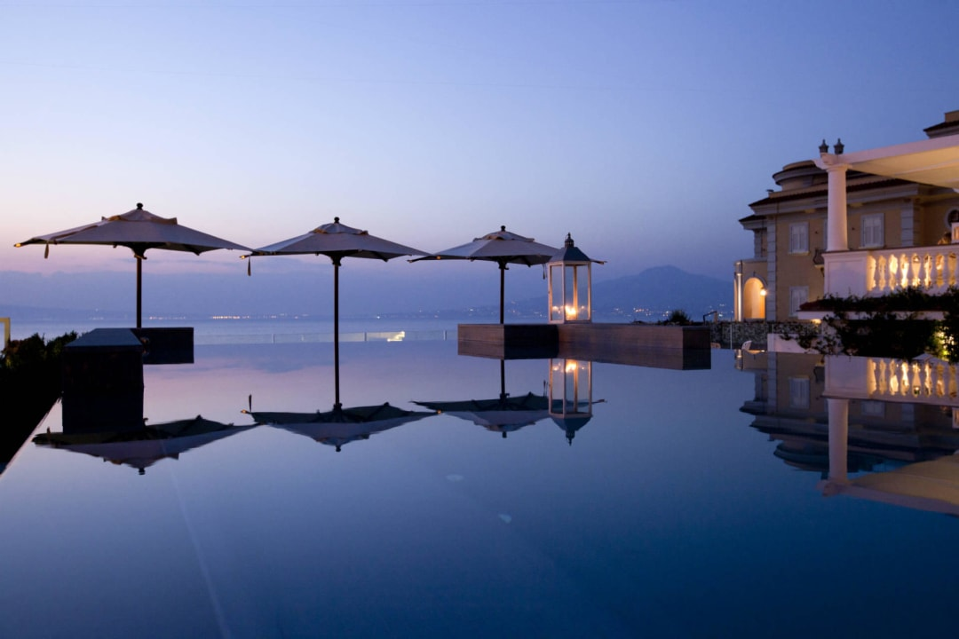 Infinity Pool Hotel Corallo Sorrento