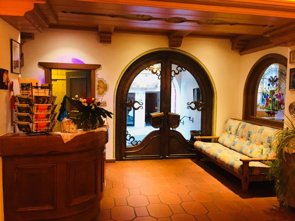 Lobby Hotel Tirolerhof