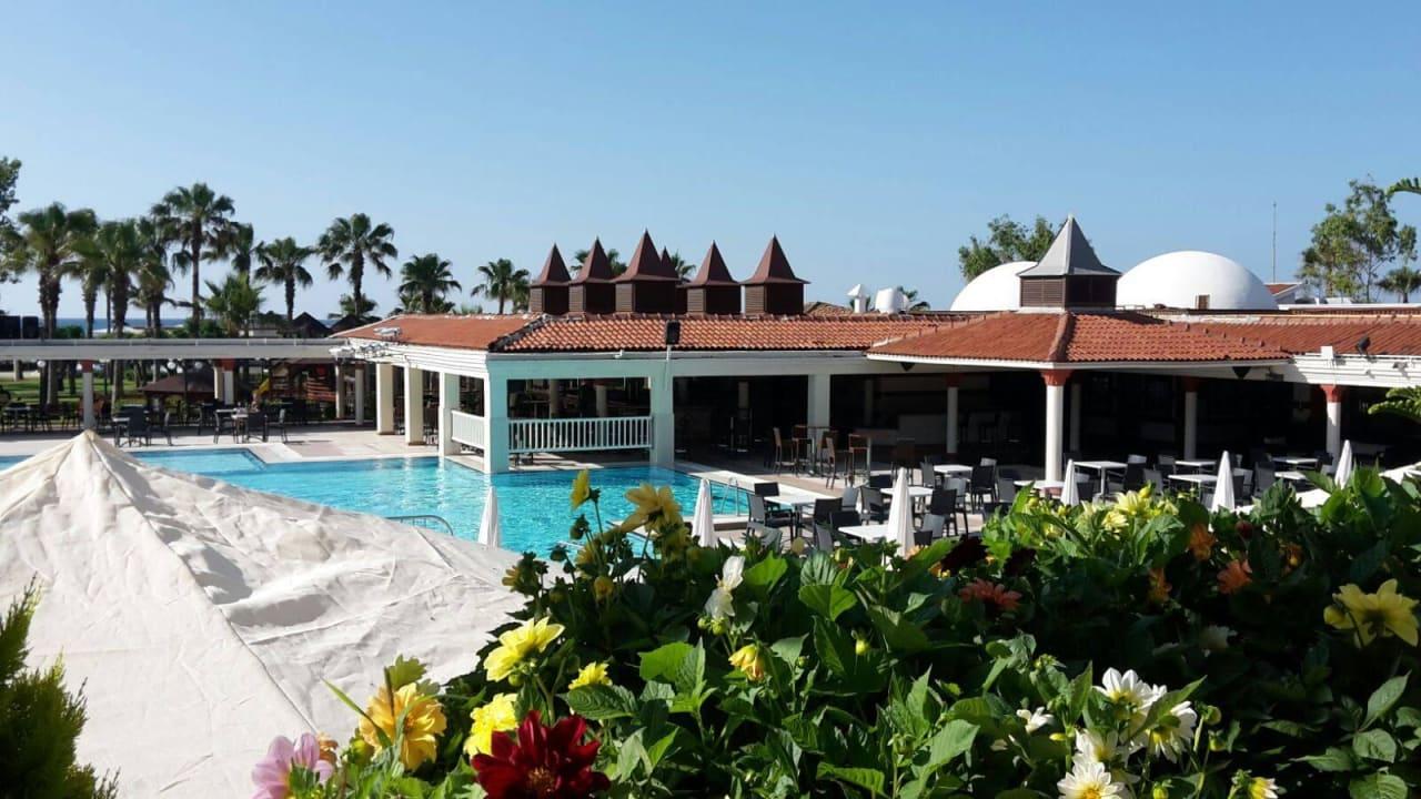 Pool vom Restaurant gesehen Aldiana Side  (Vorgänger-Hotel – existiert nicht mehr)