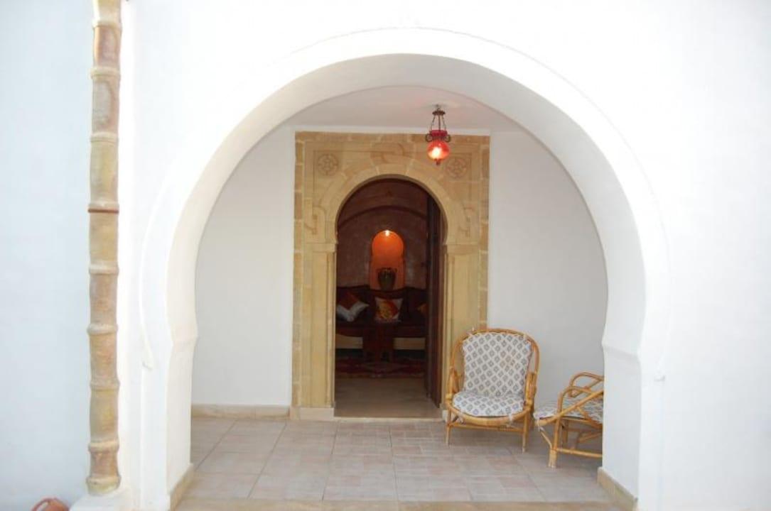 Eingang Amira Maison Leila