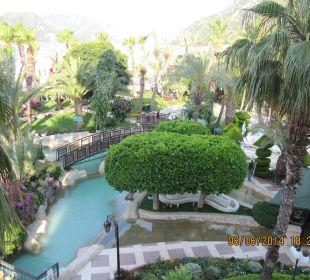 Kleiner künstlicher Bachlauf im Garren Hotel Aqua