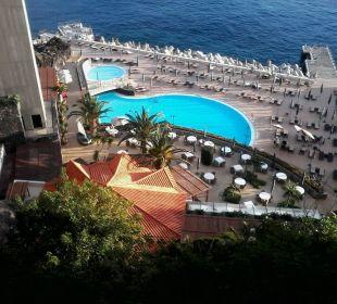 The Cliff Bay die Sonnenterrasse von oben  Hotel The Cliff Bay (PortoBay)