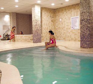 Piscina interior Hotel Calma
