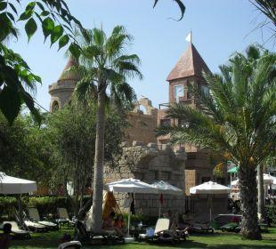 Liegen im Garten Belek Beach Resort Hotel