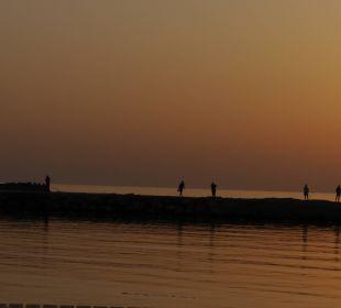 Fischer auf dem Anleger SENTIDO Gold Island