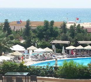 Ausblick vom Zimmer mit seitlichem Meerblick Hotel Seamelia Beach Resort