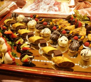 Dessertbuffet Kronplatz-Resort Berghotel Zirm