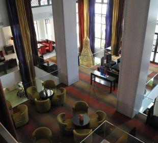 Blick von oben in die Lobby Vida Hotel Downtown Dubai