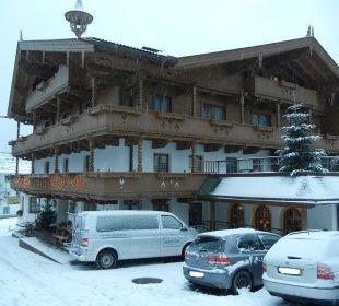 Seitliche Außenansicht Olympia Relax Hotel Leonhard Stock